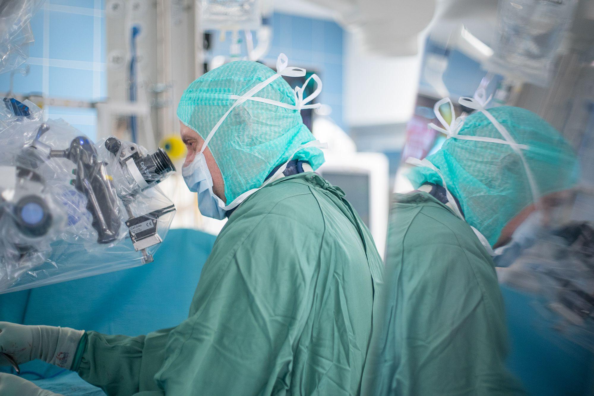 Kys Neurokirurgia